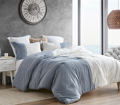 Half Moon - Blue and Ivory - Yarn Dyed Twin XL Comforter