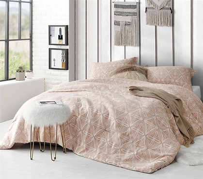College Comforter Made with Thick Inner Fill and Soft Cotton Exterior Calypso Sepia Peach Dorm Bedding Decor