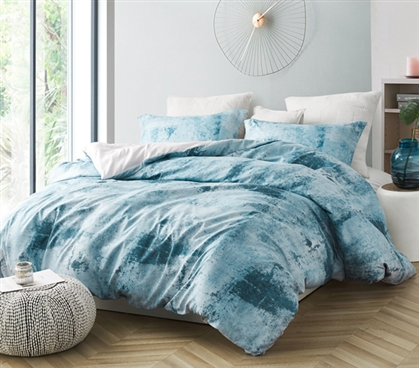 Artistic College Bedding Decor Designer Brucht Blue/Gray Moonrise Extra Long Twin Duvet Cover Set