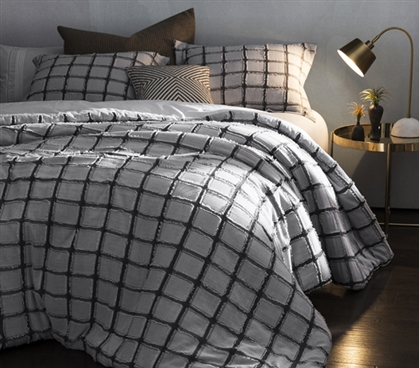 Frayed Edgings Twin XL Comforter - Black/White