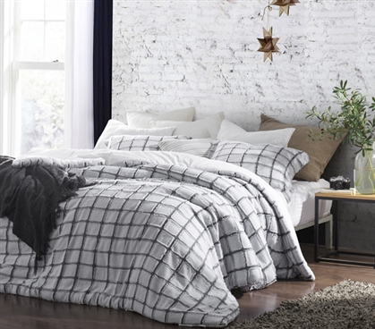 Frayed Edgings Twin XL Comforter - White/Gray