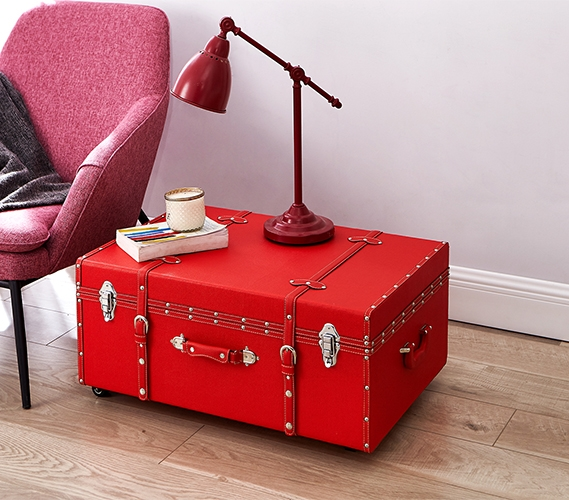 The Sorority College Dorm Trunk   Red