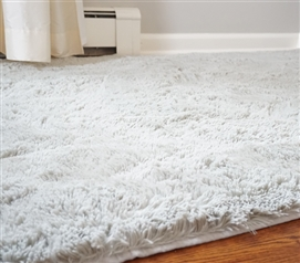 College Plush Rug - Silver Birch