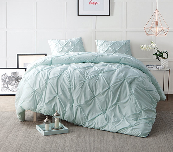 Hint Of Mint Pin Tuck Twin Xl Comforter