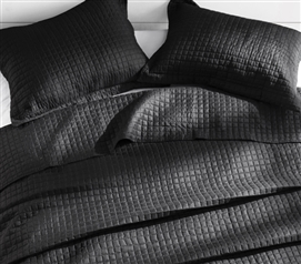 Black Classic Supersoft Quilt Pre-Washed with Cotton Fill Extra Long Twin Bedding
