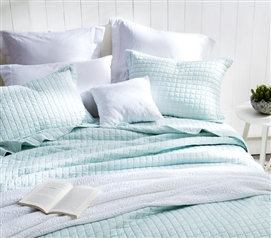 Classic Supersoft Quilt - Pre-Washed with Cotton Fill - Hint of Mint - Twin XL