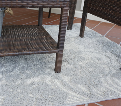 Vineyard Dorm Rug - Silver & Ivory