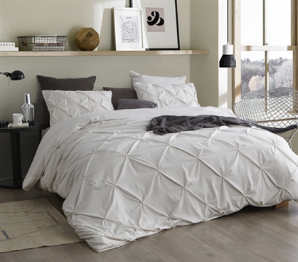 Comfortable Twin XL Bedding Jet Stream Off White College Duvet Cover with Pretty Pin Tuck Design