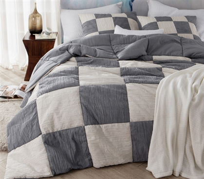 Jet Stream/Alloy Blended Textured Quilt - Two Tone - Twin XL