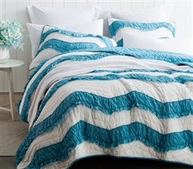 Jet Stream/Peacock Relaxin' Chevron Ruffles Quilt - Two Tone - Twin XL