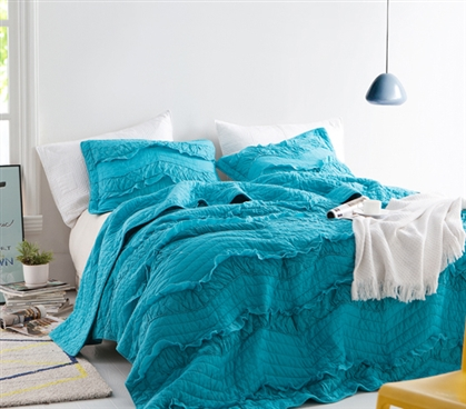 Peacock Relaxin' Chevron Ruffles Quilt - Single Tone - Twin XL