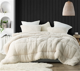 Smooches and Pooches - Coma Inducer Twin XL Comforter - White Swan