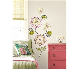Brings Color To Bland Dorms - Des Fleur - Beautiful Flowers Peel N Stick Dorm - Floral Wall Decor