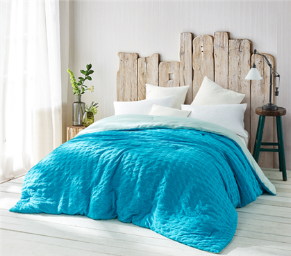 Aqua Wrinkled - Handcrafted Series - Twin XL Comforter