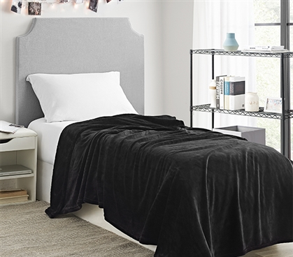 Me Sooo Comfy Twin XL Blanket - Black