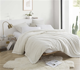 Me Sooo Comfy Twin XL Blanket - Farmhouse White