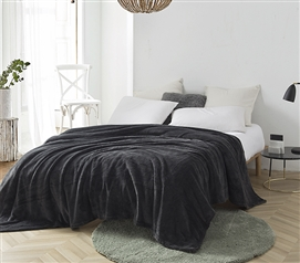 Me Sooo Comfy Twin XL Blanket - Pewter