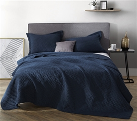 Stylish Supersoft Pre-Washed Twin XL Quilt Comfortable Navy College Dorm Bedding