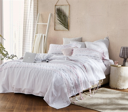 Threads Textured Twin XL Comforter - Gray/Pink