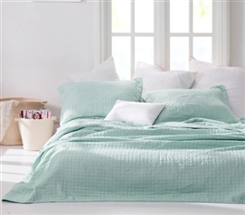 Wrinkle Full Quilt - Hint of Mint Stone Washed - Oversized Full XL