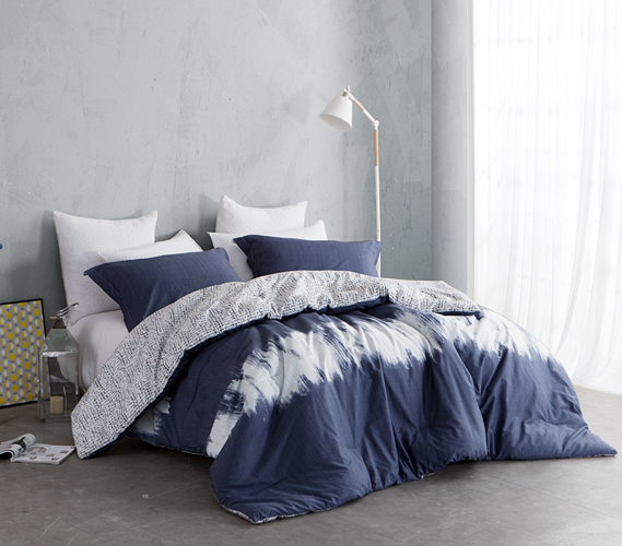 Reversible College Designer Comforter   Navy and White   Extra