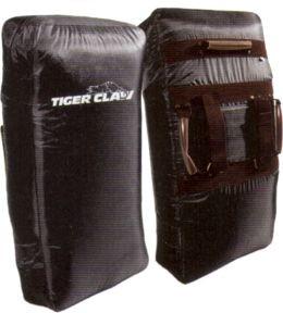 Equipment ITEM: EQU-7006-A1 Training Shield TC-2000 FOAM KICK SHIELD BLACK  Vinyl 26 X 14 X 5 Class Sak-03