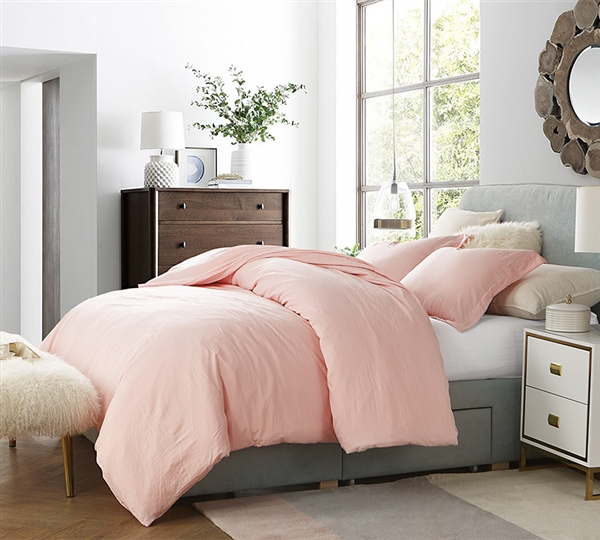 Perfect Queen Oversize Bedding Beautiful Rose Quartz Pink Natural Loft Soft and Cozy Queen XL Comforter