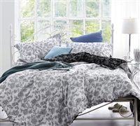 White and Black Moxies Vines King Comforter Oversized King XL Bedding