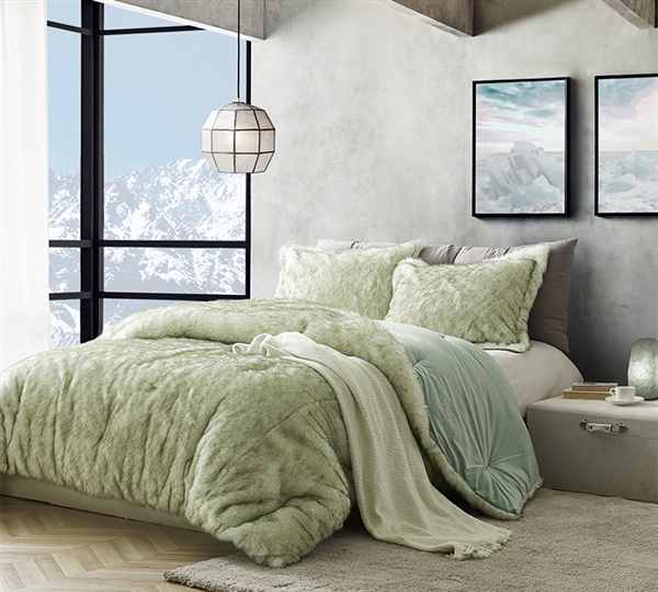Designer Oversized Arctic Moss Green King XL Comforter Set with Extra Soft Faux Fur and Mink Material