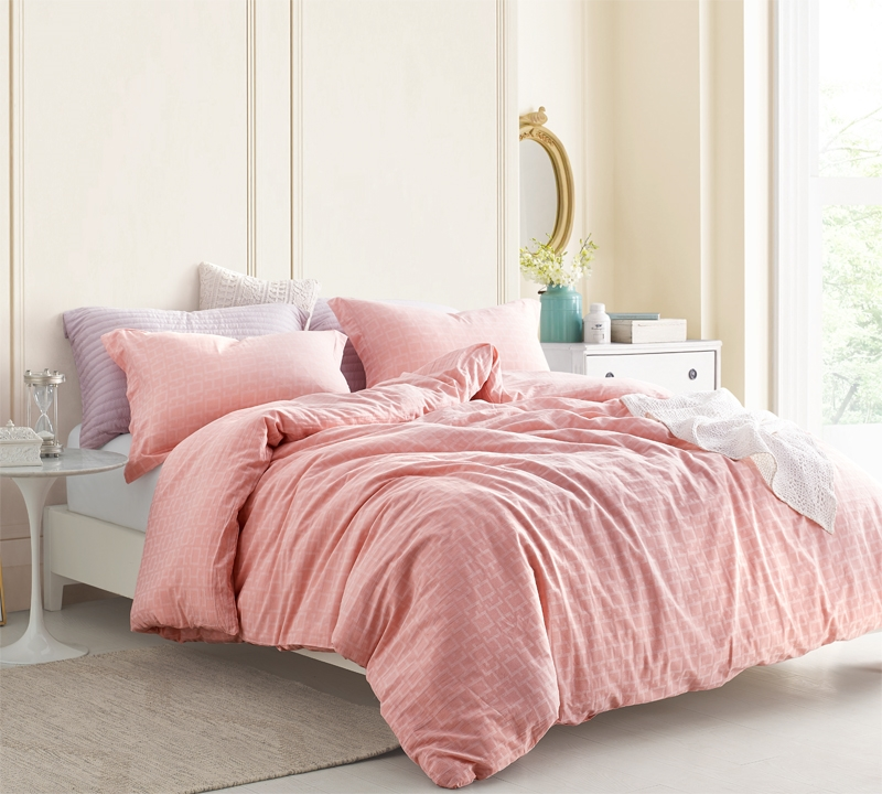 Beautiful Queen Oversize Bedding Made With Cozy Yarn Dyed Cotton Stylish Highlands C Pink Oversized