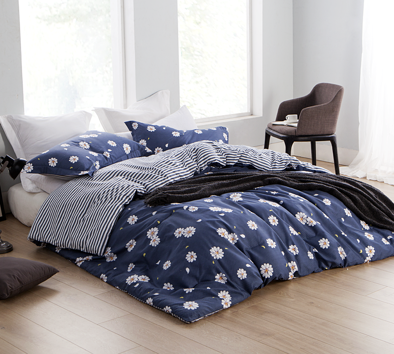 Floral Daisy Mae Queen Oversized Comforter Sets   Blue Comforter
