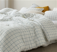 White King Comforter and King Pillow Sham Set with Stylish Blue Geometric Grid Design