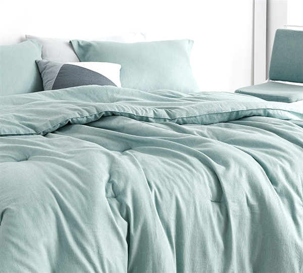Shades of Pistachio Oversized King Comforter - 100% Yarn Dyed Cotton