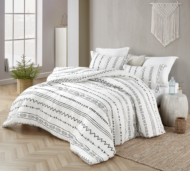 Black And White Extra Large Twin Bedding Black And White Arrow