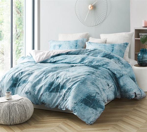 Oversized King Duvet Cover in Stylish Shades of Blue and Gray in Coziest Microfiber Material