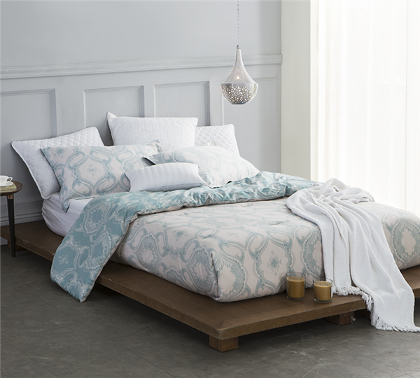 Stylish Modena Full Comforter with Intricate Design Teal and White Full Bedding
