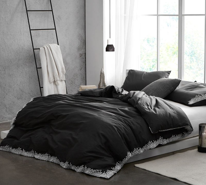 Designer Queen Xl Duvet Cover With Soft Cotton Material And Black