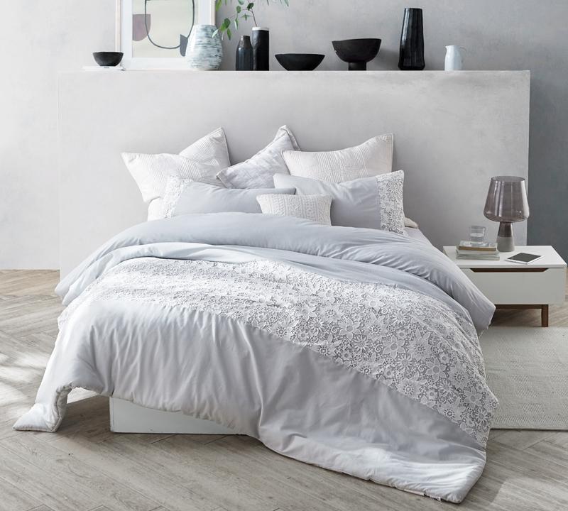 Oversized Twin Xl Comforter In Glacier Gray And White Designer