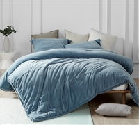 Stylish and Comfortable Queen Oversize Comforter Super Soft Baby Bird Coma Inducer Smoke Blue Oversized Queen Bedding
