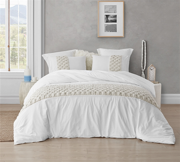 Extra Large King Duvet Cover in Easy to Match White with Woven Knit Detailing with Super Soft Cotton Material