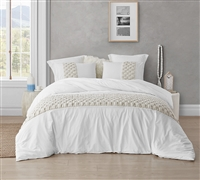 Easy to Match White Oversized Queen Duvet Cover with Stylish Cream Knit Textured Detailing