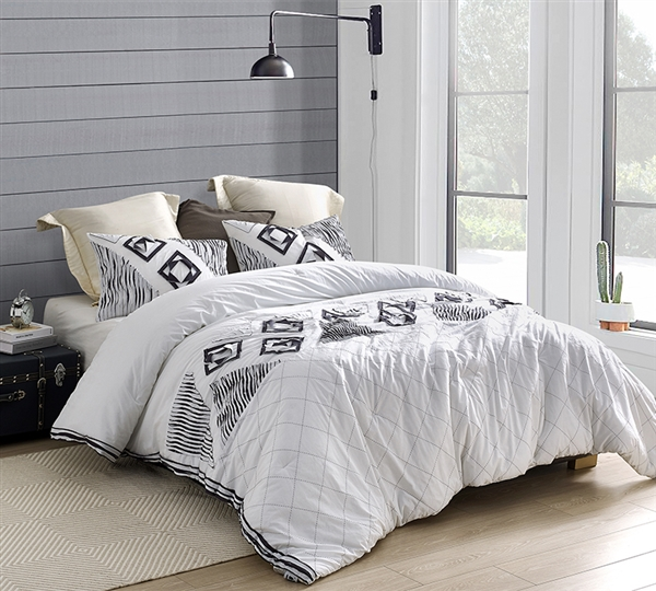 Extra Large Soft Cotton Queen Bedding in Easy to Match White with Stylish Navy and Gray Details