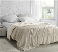 Stylish Cream/Beige Twin XL, Full, Queen, or King Bedding Blanket with Comfiest Plush Material