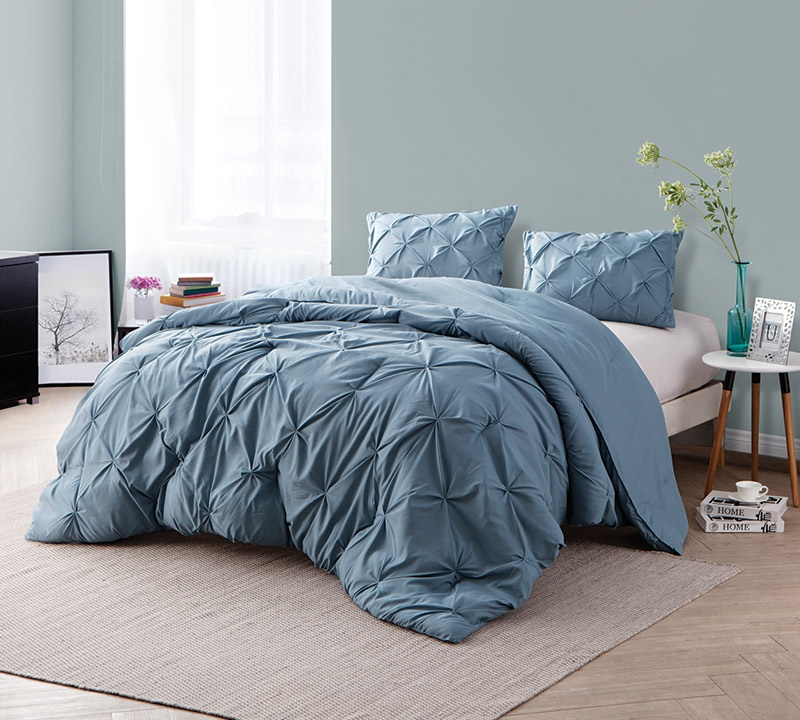 Smoke Blue Pin Tuck Queen Comforter   Oversized Queen XL Bedding