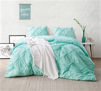 Yucca Pin Tuck Oversize Twin Bedding Comforter - Comfortable Bed Comforter Sets in Yucca Mint
