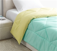 Oversized Twin XL Comforter in Unique Teal Blue and Yellow Color Scheme with Comfy Microfiber Material