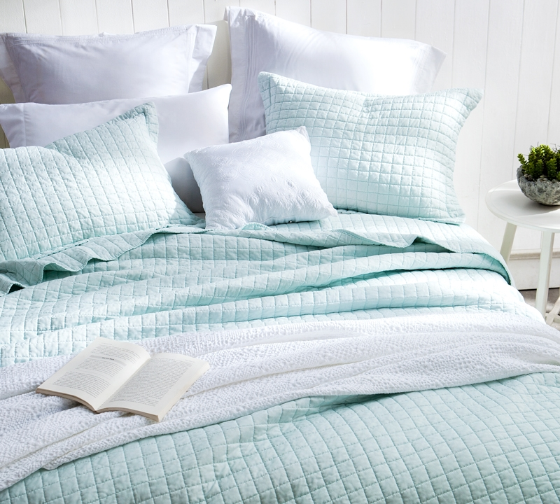 Clic Supersoft Quilt Pre Washed With Cotton Fill Hint Of Mint Oversized Twin Xl