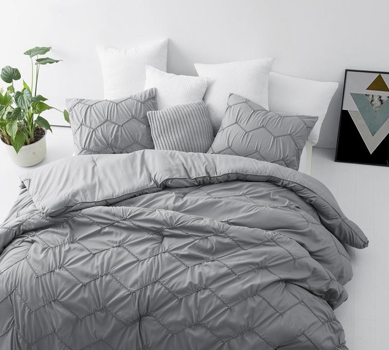 Textured Waves Queen Comforter Supersoft Gray
