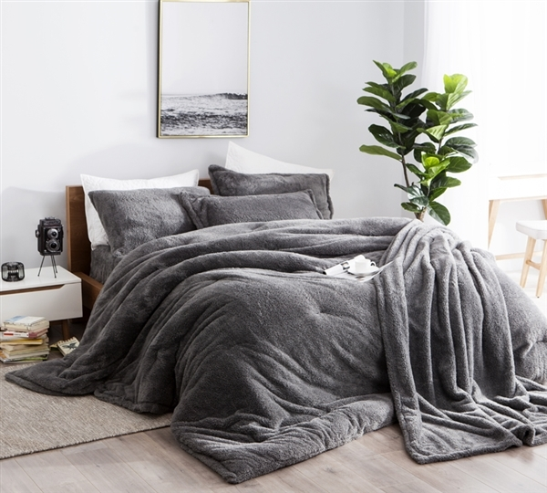 Dark Pink Bed Linen