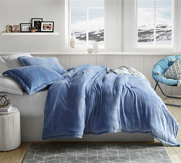 Coma Inducer Queen Comforter - Oversized Queen XL Bedding - Frosted - Pacific Blue